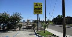 Rick's Auto Body - Los Banos, CA