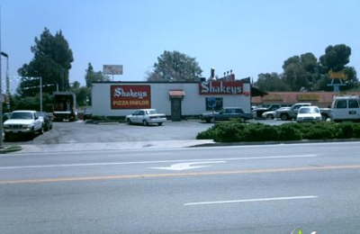 Shakey's Pizza Parlor - Porter Ranch, CA