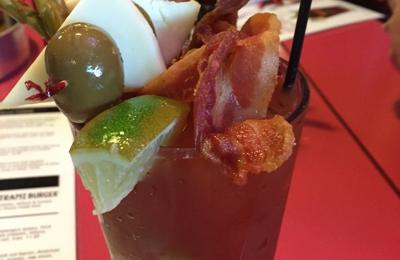 Vivio's Food & Spirits - Detroit, MI
