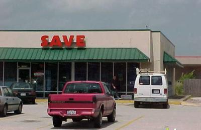 Save Liquor - Houston, TX