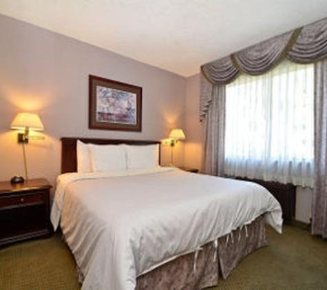 Days Inn and Suites Sunnyvale - Sunnyvale, CA