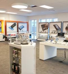 AT&T Store - Irvine, CA