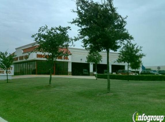 Discount Tire - Arlington, TX