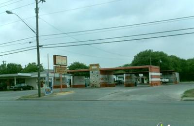Ybarra's Car Wash - San Antonio, TX