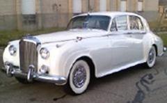 Distinct Limousine Service