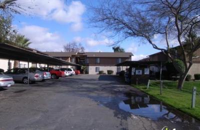 Cedar Wood Apartments 3762 N Cedar Ave, Fresno, CA 93726