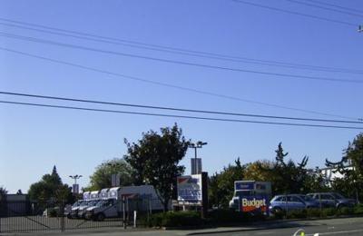 Budget Rent A Car - Hayward, CA