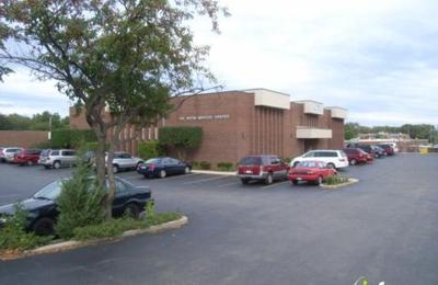 Phillips, Bryan, MD - Naperville, IL