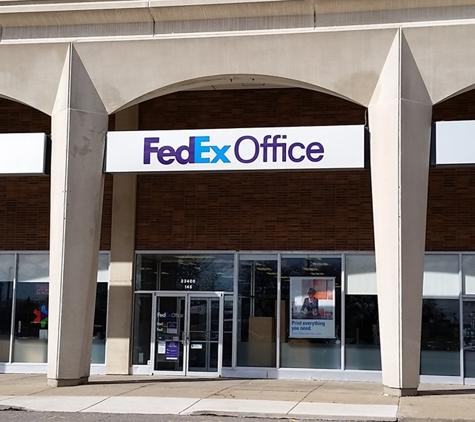 FedEx Office Print & Ship Center - Dearborn, MI