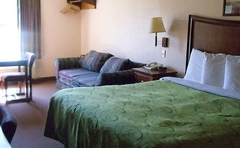 Clairmont Inn & Suites - Warren, AR