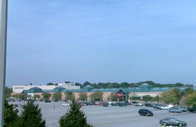 Crestwood Court - Saint Louis, MO