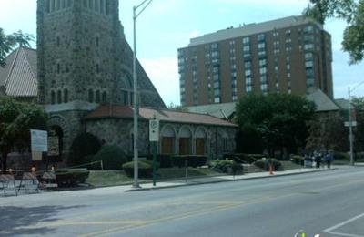 Calvary Memorial Church - Oak Park, IL