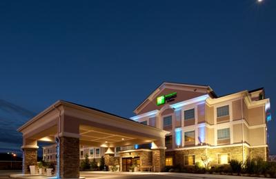 Holiday Inn Express & Suites Acme-Traverse City - Williamsburg, MI