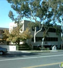 Fred H Larson DDS - La Jolla, CA