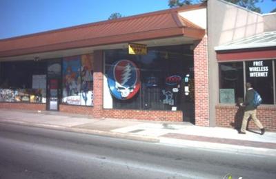 Modern Age Tobacco & Gift Shop Inc - Gainesville, FL