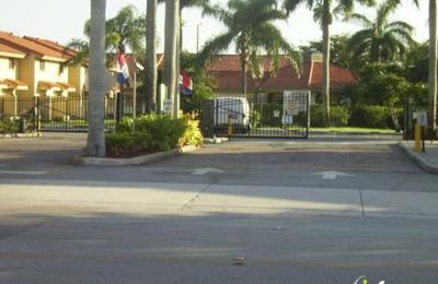 Midway Point Apartments - Miami, FL