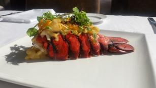 Sun Dial Restaurant Bar & View
