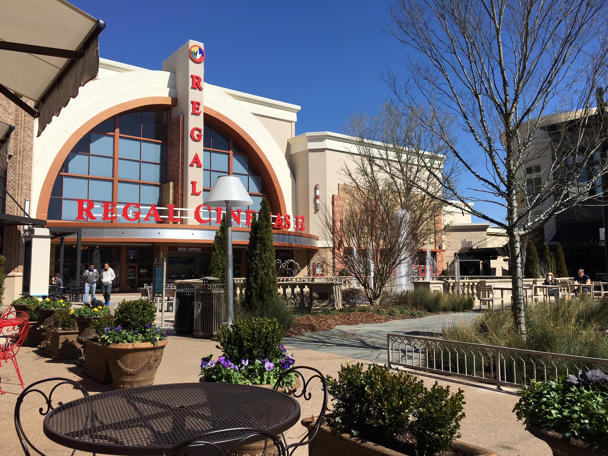 Regal Avalon 12 >> Regal Cinemas Avalon 12 3950 1st St Alpharetta Ga 30009