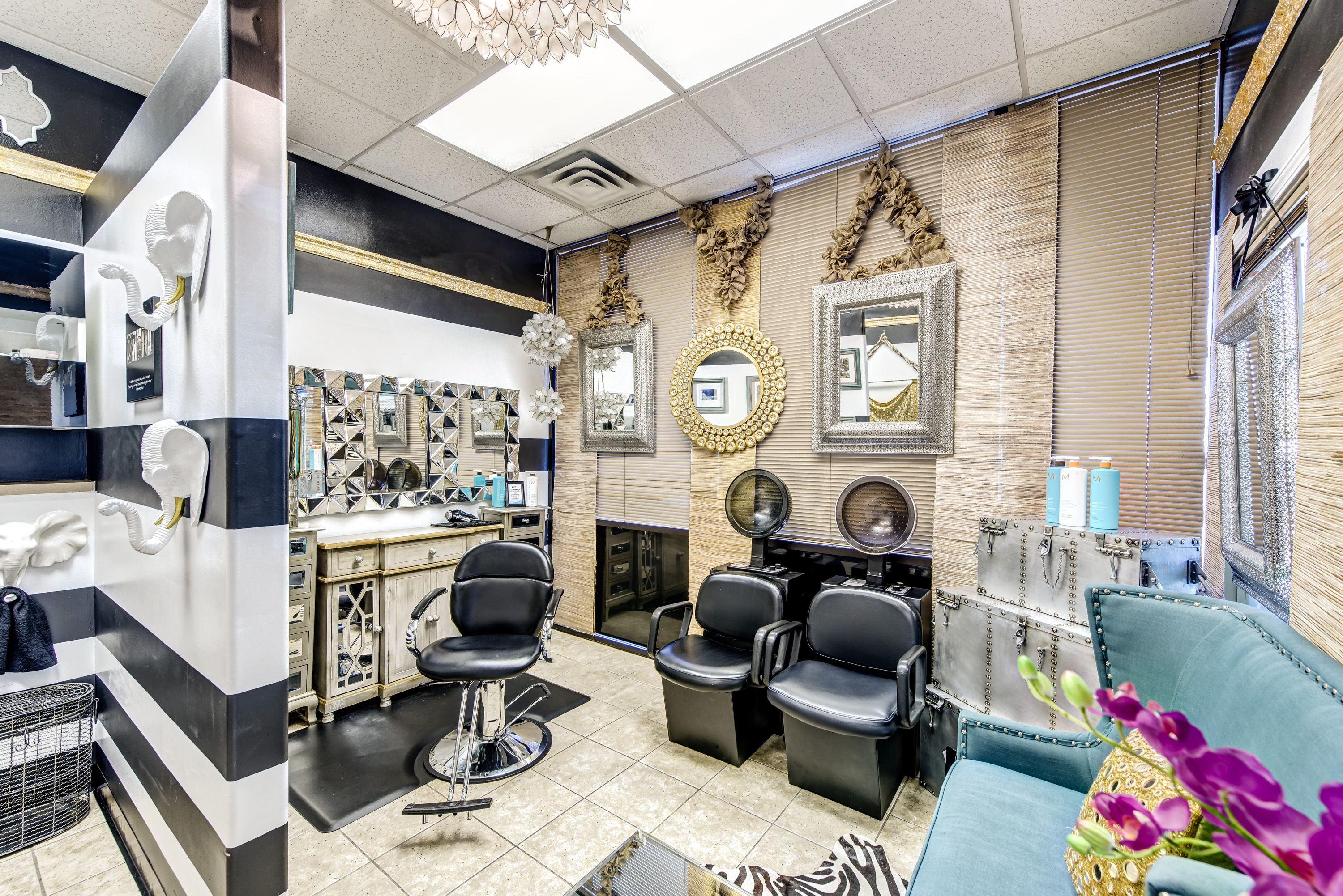 Salon meyerland 1 relaxed and natural black hair salons for Hair salons open near me