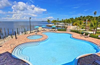 Luxury RV Resort 104200 Overseas Hwy, Key Largo, FL 33037