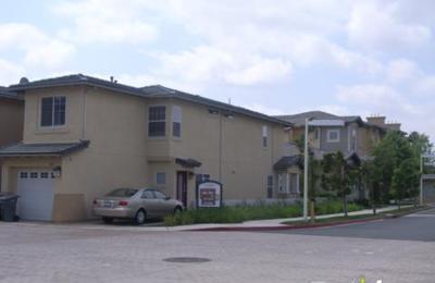 Via Roble Apartments - Escondido, CA