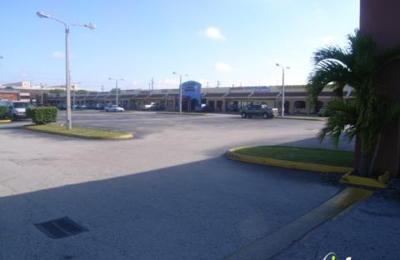 P Del H Furniture - Miami, FL