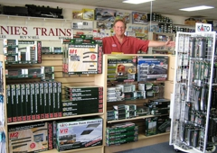 Arnie's Model Trains - Westminster, CA