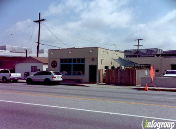 Signature Cafe - Culver City, CA
