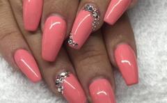 Annie's Nails