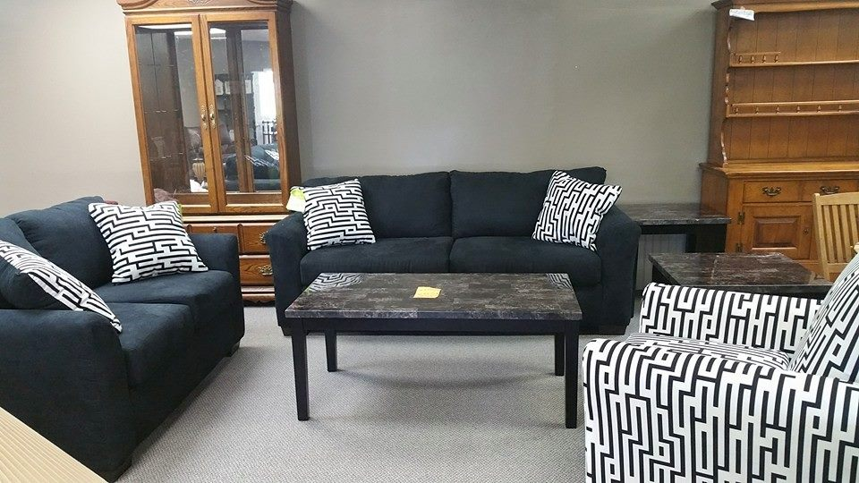 Encore Furniture 410 E Sandusky St Ste A Findlay Oh 45840 Yp Com