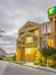 Holiday Inn Express & Suites Pacifica