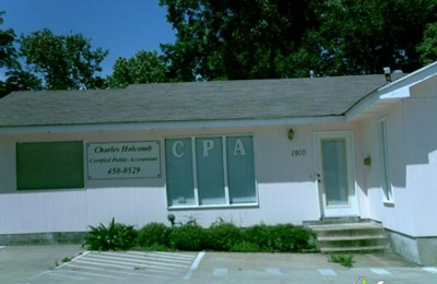 Charles Holcomb Certified Public Accountant - Austin, TX