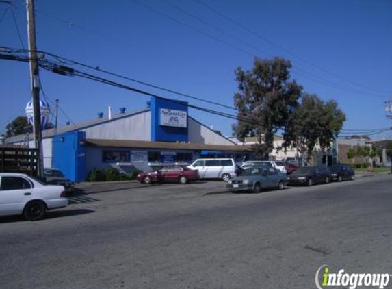 Auction City - Redwood City, CA