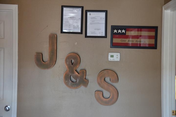 J & S Auto Sales, L.L.C., Clarksville TN