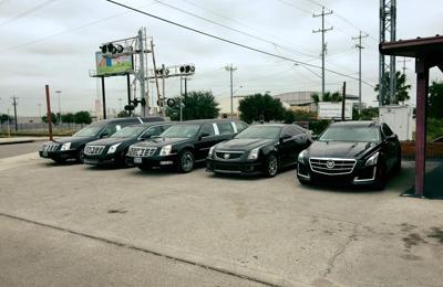 D W Brooks Funeral Home - San Antonio, TX