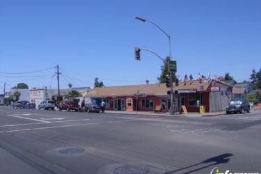 Vega's Market & Grill