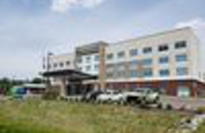 Holiday Inn Express & Suites Nashville North - Springfield - Springfield, TN