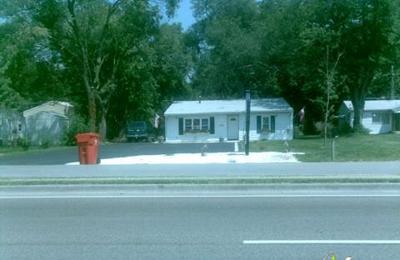 Chico's Polish Pottery - Belleville, IL