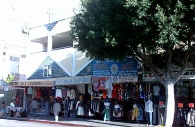 Royal Gift Shop - Los Angeles, CA