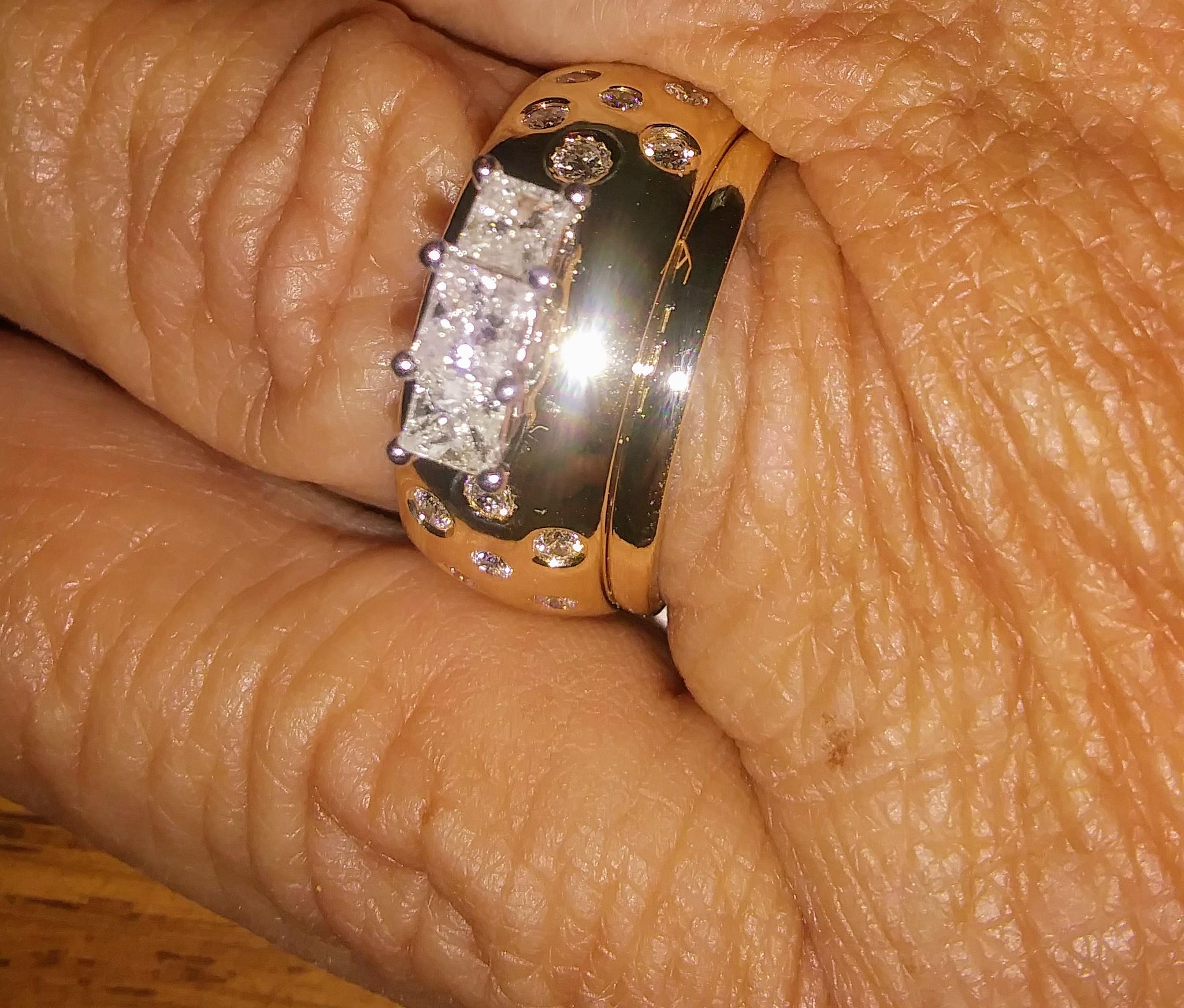 Comeau Jewelry Co 200 E Centennial Dr