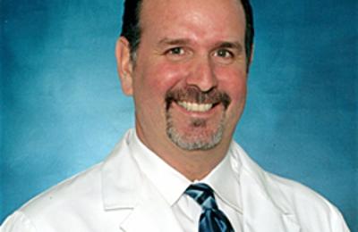 Kenneth L Jarolem MD - Plantation, FL