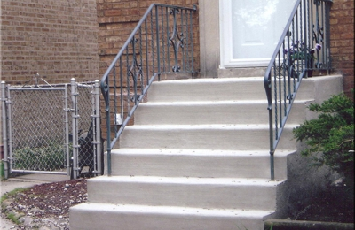 Carmen & Sons Concrete - Des Plaines, IL. repaired steps
