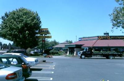 Shari's Cafe & Pies - Woodburn, OR