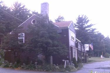 Eagle's Nest Motor Lodge