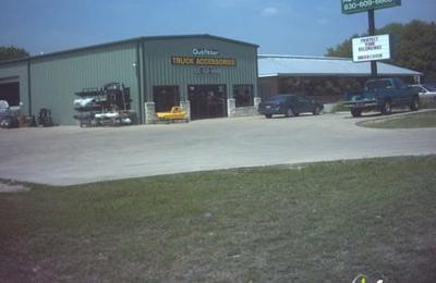 Outfitter Truck Accessories - New Braunfels, TX