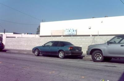 S & A Bumper Fixing Inc. - Lynwood, CA