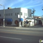 A Runner's Circle - Los Angeles, CA