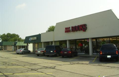 Half Price Books - North Olmsted, OH
