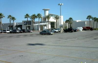 Nail First - Tampa, FL