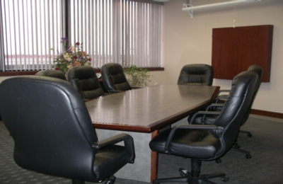Buttonwood Business Center - Columbia, MO
